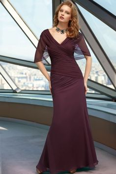 Mother of the Bride Dresses || Pretty Burgundy Evening Gown