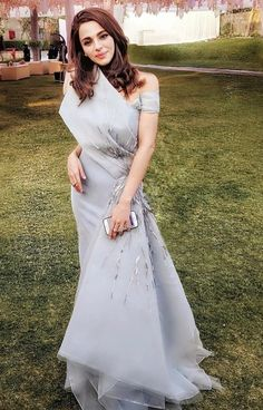 A frosted sheen origami gown embellished with antique metallics Designer Party Dresses, Indian Designer Outfits, Event Dresses, Indian Wedding Gowns, Classic Wedding Gowns, Western Dresses, Indian Dresses, Couture Dresses, Fashion Dresses