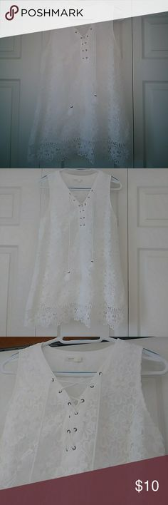 Anthropology Meadow Rue Milagros Tank Super beautiful with laced up neck with tassels. Floral lace shell and polyester lining. In excellent condition. Rayon lace Tie neck detail Pullover styling Machine wash Imported. Anthropologie Tops