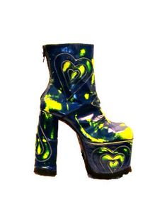 fd9e714f6222 Vintage Luichiny Ultra Glam Heart Mega Platform Boots from Spain Womans size  9
