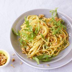 ESSEN & TRINKEN - Spaghetti mit Walnuss-Pesto Rezept