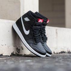hot sale online f4502 96286 Air Jordan 1 Retro High OG Black  White-Black Jordan 1, Jordan Shoes