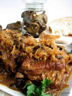 Smaczna Pyza: Żeberka duszone w kapuście z grzybami Kapusta Recipe, Pork Recipes, Cooking Recipes, High Carb Diet, Breakfast Recipes, Dinner Recipes, Polish Recipes, Polish Food, Pork Dishes