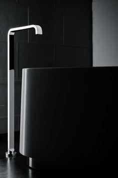 RogerSeller | Pinch floor mount bath outlet
