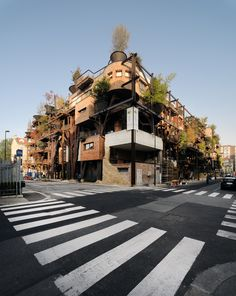 This project in Turin is like a residential forest where the childhood dream of living in a treehouse becomes reality.