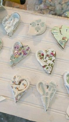 During pandemic I had a heart campaign where people ordered mosaic hearts for me to send to people who they nominated in need of some hope Mosaic Garden Art, Mosaic Tile Art, Mosaic Glass, Mosaics, Mosaic Art Projects, Mosaic Crafts, Teacup Mosaic, Broken China Crafts, Teacup Crafts