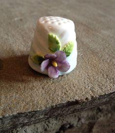 Vintage Collectors Thimble White Fine Bone China w/ Flower.