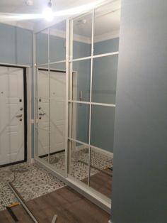 Все по-разному относятся к шкафам с зеркальными фасадами. Нам кажется, что они отлично расширяют пространство, помимо функциональности? А Вы к чему склонны? Все контакты в нашем аккаунте ⬆️ ----------------------------------------------------- #БелыйКУБ #whitecubekz #мебельное_ателье_Белый_КУБ #мебель #Алматы #мебельАлматы #корпуснаямебель #мебельназаказ #мебельназаказвАлматы #мебельноепроизводство #мебель_на_заказ #мебельподзаказ #мебельвАлматы #шкаф #шкафы #шкафыназаказ #шкафыподзаказ…