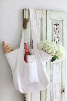 http://www.dreamywhitesonline.com/item_199/Chic-French-Linen-Market-Tote.htm
