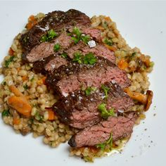 pupek recept Main Dishes, Steak, Czech Food, Recipies, Beef, Cooking, Main Course Dishes, Recipes, Meat