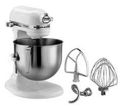 Kitchenaid Professional bowl-lift design raises bowl into mixing position. This is the largest capacity residential bowl-lift stand mixer available, 7 quarts!I think I just fell in love. Major Kitchen Appliances, Specialty Appliances, Kitchen Aid Mixer, Small Appliances, Used Restaurant Equipment, Kitchen Equipment, Kitchenaid Stand Mixer, Kitchenaid Attachments, Food Service Equipment