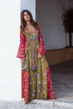 New Green-Red Tribal Floral Pattern Deep V-neck Flare Sleeve Flowy Bohemian  Maxi Dress 8a0b1cdac
