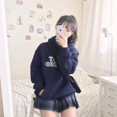 Korean Fashion Trends, Korean Street Fashion, Korea Fashion, Kpop Fashion, Kawaii Fashion, Cute Fashion, Girl Fashion, Fashion Design, Kpop Outfits