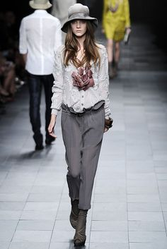 c3972b81d0fd Burberry Prorsum Spring 2009 Ready-to-Wear - Collection - Gallery - Style.