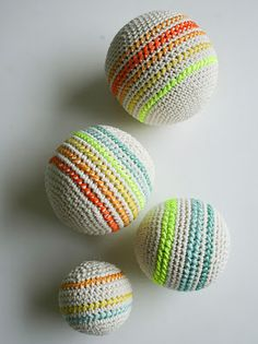 free crochet ball pattern balls, knit crochet, ball pattern, baby gifts, crochet ball, craft patterns, baby toys, cross stitches, purl bee