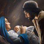 Papa Francesco prega così Vergine Maria, Madre che non hai mai abbandonato un figliolo che grida aiuto, Madre le cui mani lavorano senza sosta per i tuoi figli tanto amati, perchè sono spinte dall'amore divino e dall'infinita misericordia che esce dal tuo cuore, volgi verso di me il tuo sguardo pieno di compassione, guarda il …