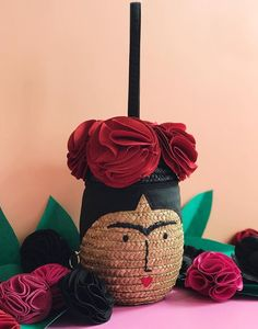 Our Frida basket bag is back! Get that Frida feeling everyday with the perfect summer bag for any occasion 🌺🌹🌺 Lulu Guinness, Basket Bag, Summer Bags, Cute Bags, Christmas Ornaments, Feelings, Holiday Decor, Mexico, Instagram