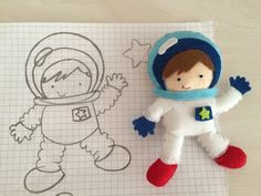 Bir keçe masalı (keçe astronot) Quiet Book Patterns, Felt Patterns, Applique Patterns, Felt Crafts Dolls, Felt Banner, Felt Quiet Books, Toy Craft, Sewing Toys, Felt Diy