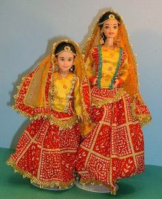 Expressions of India FESTIVAL BARBIE AND SKIPPER