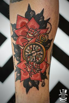 tattoo old school / traditional nautic ink - compass