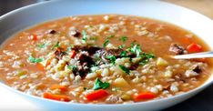 La Soupe au BARLEY Slow Cooker Beef, Slow Cooker Recipes, Crockpot Recipes, Cooking Recipes, Beef Barley, Barley Soup, Roasted Parsnips, Sauteed Vegetables, Soups And Stews
