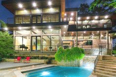 Contemporary-Property-Texas-Houston-15  Totally gorgeous!!!  This is a beautiful house!!