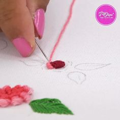 Diy Embroidery Designs, Bead Embroidery Tutorial, Basic Embroidery Stitches, Hand Embroidery Videos, Embroidery Flowers Pattern, Hand Work Embroidery, Embroidery Patterns Free, Embroidery For Beginners, Silk Ribbon Embroidery