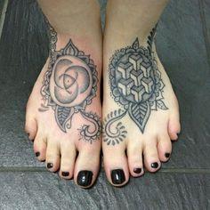 Feet tattooed without a machine by Boff Konkerz at Factotum Body Modification, Norwich, UK.