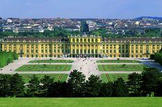 MS-2400.  Schonbrun Castle, Vienna, Austria