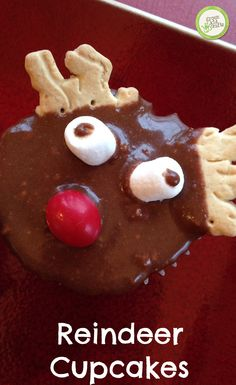 Reindeer cupcakes perfect for baking with kids! http://www.greenkidcrafts.com/reindeer-cupcakes/