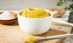 The most delicious raw homemade mustard in all the lands. Spiked with turmeric for extra goodness. Mustard seeds are rich in cancer protective compounds. Whole Food Recipes, Vegan Recipes, Homemade Mustard, Paleo, Romanian Food, Pure Maple Syrup, Kitchen Recipes, Kitchen Tips, A Food