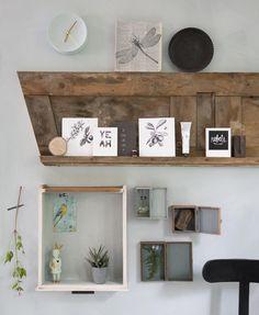 Picture frames shelve | Styling Leonie Mooren | Photography Anouk de Kleermaeker | vtwonen August 2015