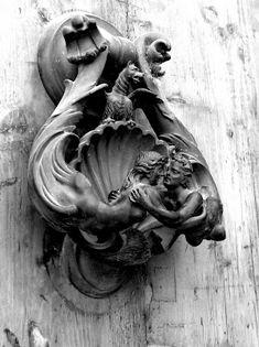 Door knocker (somewhere in Rome)