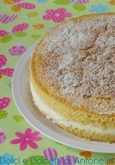 Torta paradiso con crema al latte, ricetta dolce Bakery Recipes, Cookie Recipes, Dessert Recipes, Confort Food, Delicious Desserts, Yummy Food, Cheesecake, Cupcakes, Italian Desserts