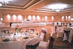 Wedding | The Center @ Holiday Inn | Breinigsville, PA | Call 610.391.1000 today for your tour!