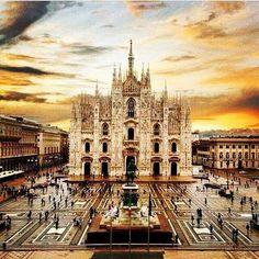 Duomo di Milano - Milano is the city of - Milan Cathedral, Cathedral Church, Barcelona Cathedral, Reggio Emilia, Parma, Lucca, Verona, Milan Duomo, Milan Travel