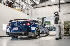 Time to get this beautiful Deep Blue Pearl GT-R Black Edition wrapped up with some fresh paint protection! What color would your Nissan GT-R be?  Don't let your paint suffer. For more information on all of our PPF options, visit our website.
