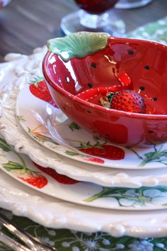 X ღɱɧღ Strawberry Kitchen, Strawberry Farm, Strawberry Patch, Strawberry Recipes, Strawberry Shortcake, Strawberry Pictures, Strawberry Decorations, Strawberry Fields Forever, Red Cottage