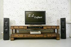 S.L. Loftart Palettenmöbel TV-/ Hi Fi Bank 'Medial' 200x46x60 cm (von S.L. Loftart)