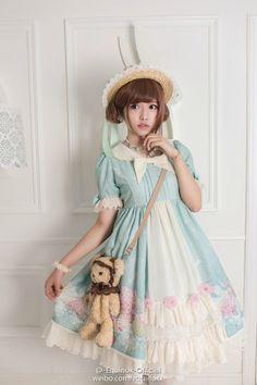 http://www.weibo.com/equinoxx#_rnd1440442556490
