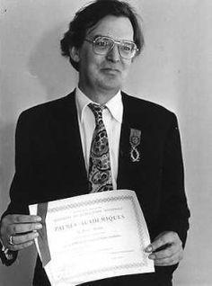 † Ernst van Altena (December 11, 1933 - June 16, 1999) Dutch composer, known from o.a. Liesbeth List.