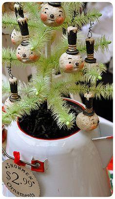 Snowmen Ornaments by Johanna Parker Design, via Flickr
