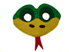 This GREEN SNAKE mask is designed for everyday fun, great for dress up and pretend play, ideal gift, perfect for themed birthday parties, party favor and photos. This mask has two-layers, it is made of high quality soft eco-friendly felt, held fir...