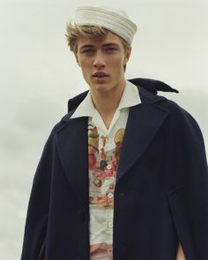 Lucky Blue for ES Magazine October Issue 2016   Photographed by Laura Coulson ❤