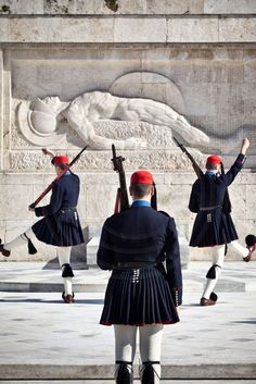 Travel Inspiration for Greece - Evzone at the Tomb of the Unknown Solder, Syntagma, Athens Athens Greece, Mykonos Greece, Crete Greece, Acropolis, Parthenon Athens, Greek Warrior, Unknown Soldier, Ancient Greece, Greece Travel