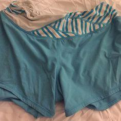 Lululemon groovy run shorts in size 8 Cute shorts! lululemon athletica Shorts