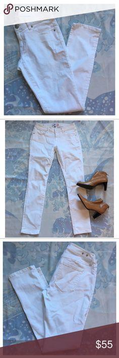 "🌱NEW🌱 CAbi White Slim Boyfriend Jeans Like new white Cabi slim Boyfriend Jeans. No noticeable flaws.   Measurements: L 39"" Inseam 29"" W 30"" CAbi Jeans Boyfriend"