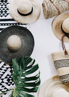 Straw Boater Hat   San Diego Hat Company   $500 Gift Card Giveaway   Lifestyle Blogger   Best Summer Hats   Accordian Wood Hanger   Home Inspiration   via elanaloo.com