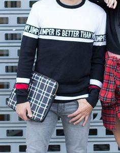 funda-portatil-cuadros-2 Jumper, Men Sweater, Tartan, Sweatshirts, Sweaters, Collection, Fashion, Notebook Covers, Blue Nails