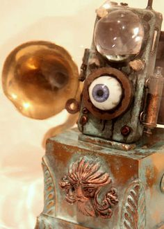 The First-Gen 'Eye Pod' is Inspired by Mary Shelley's Frankenstein #steampunk #victorian trendhunter.com